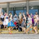 Modeschülerinnen mit Kleidung von Bauhaus 100