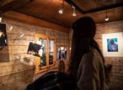 Fotoausstellung im Holzhaus